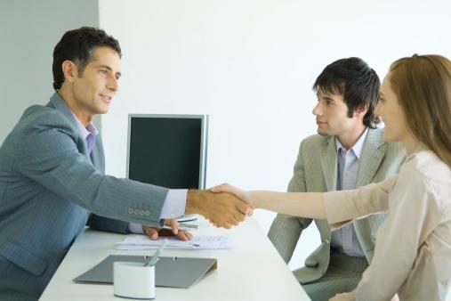 Оформить кредит в кредитных банках  Волгограда
