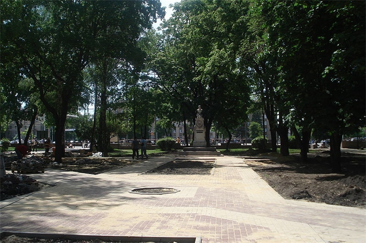 Какая улица в Ростове-на-Дону самая короткая?