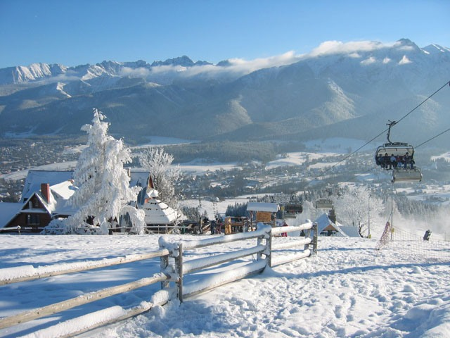 Куда отправить ребенка на зимние каникулы в Симферополе?