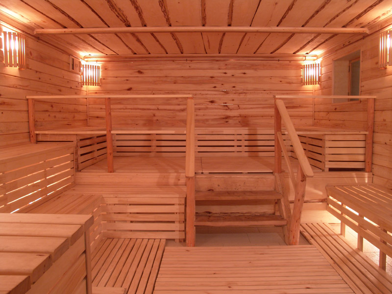 Какие фирмы строят бани на заказ в Симферополе?