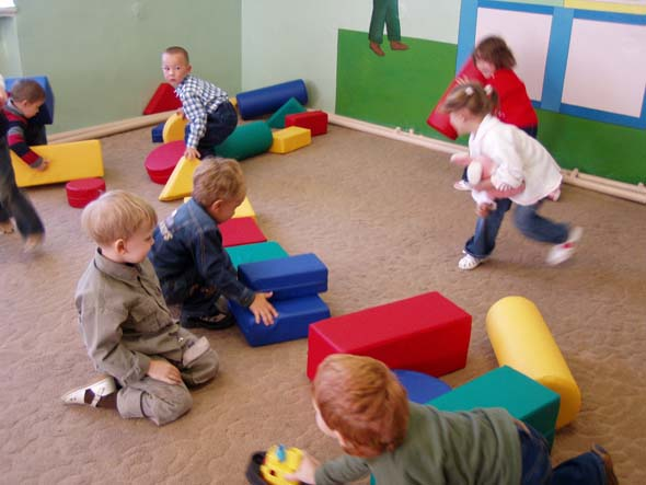 Где находятся детские развивающие центры в Симферополе?