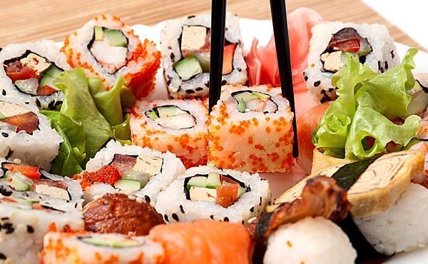 Где заказать доставку суши в Симферополе?