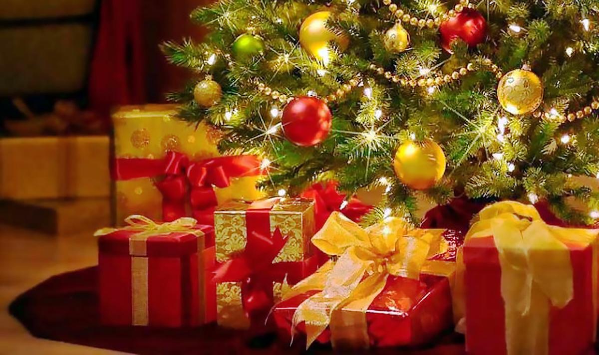 Магазины подарков в Волгограде с  контактами в базе